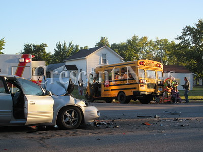 09-22-15 NEWS bus accident
