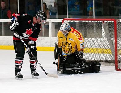 UN 40 vs Calgary Redhawks 1