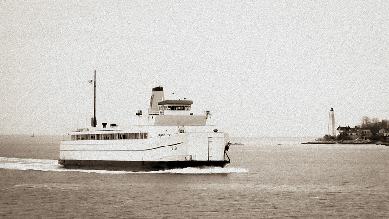 Ferry entering Thames River
