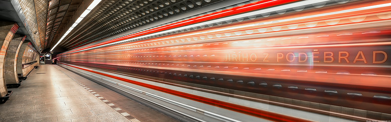 Moving-underground-3840x1200.jpg