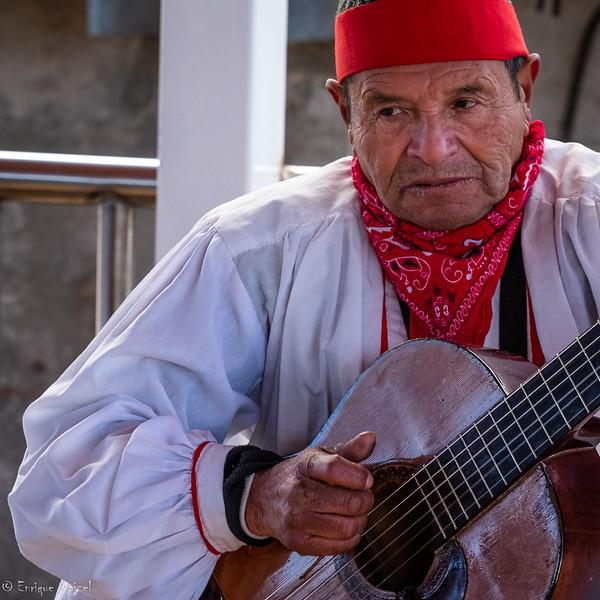 Tarahumara Guitarrista.jpg