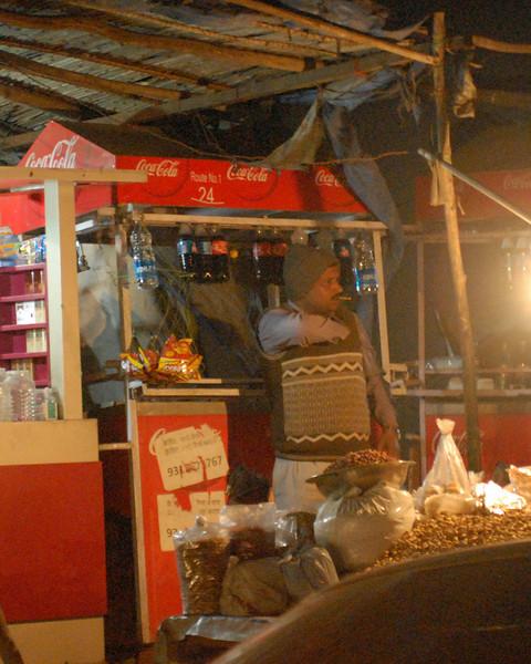 street vendor at night.jpg