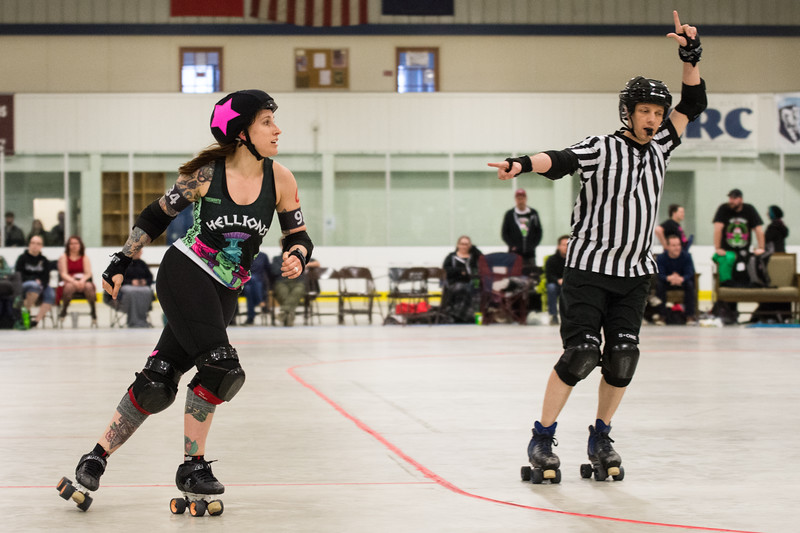Hellions vd Anchor City Rollers-5.jpg