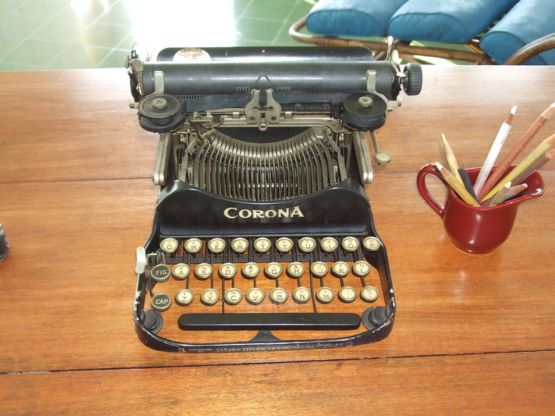Hemingway's typewriter - Sandy Kirkpatrick