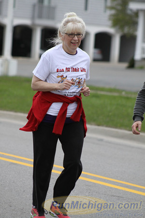 Featured - 2013 Charlevoix Area Humane Society 5K