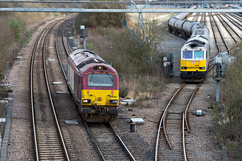60068 Drax waits at Humber Refinery NR boundary for 67022 to pass on driver training