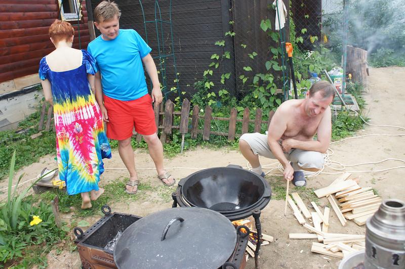 2012-07-07 Полегаевы - Дача 16.JPG
