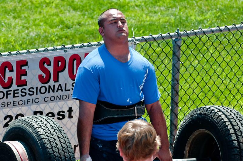 Strongman2009_Competition_DSC1240-1.jpg