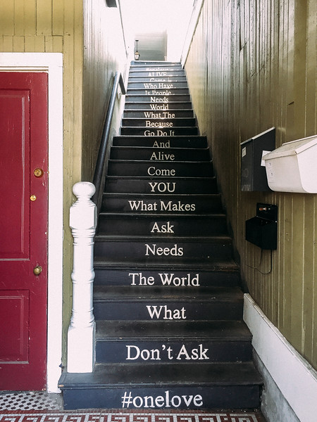message on stairs.jpg