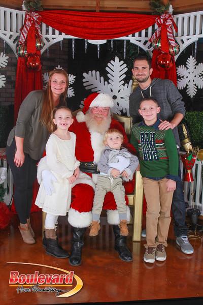 Santa 12-10-16-413.jpg