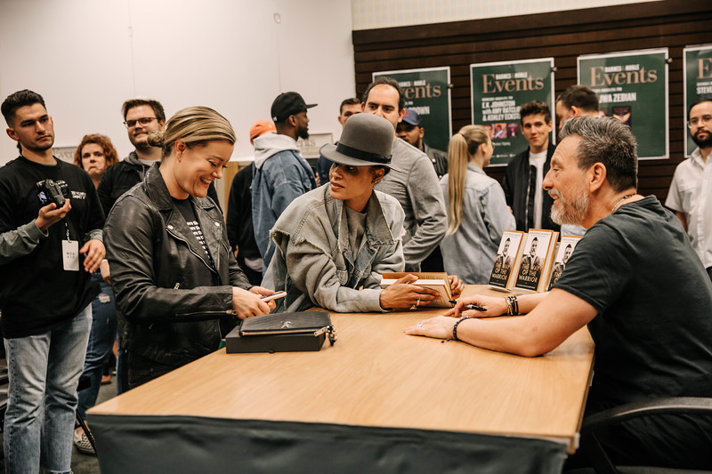 2019_2_28_TWOTW_BookSigning_SP_142.jpg
