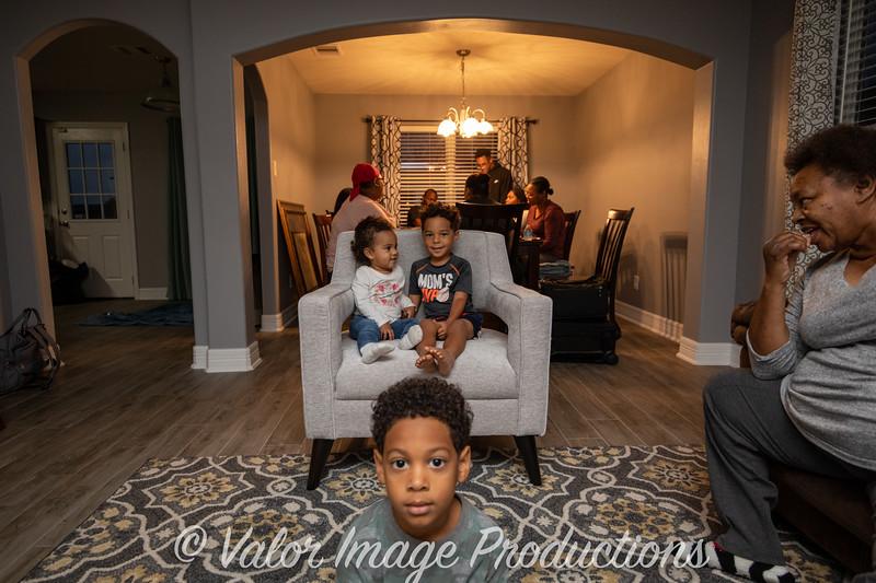 ©2019 Valor Image Productions Barbara Thanksgiving-15338.jpg