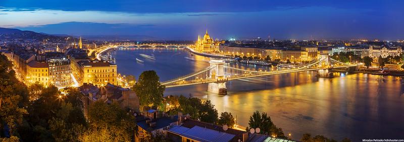 Budapest-IMG_6401-web.jpg