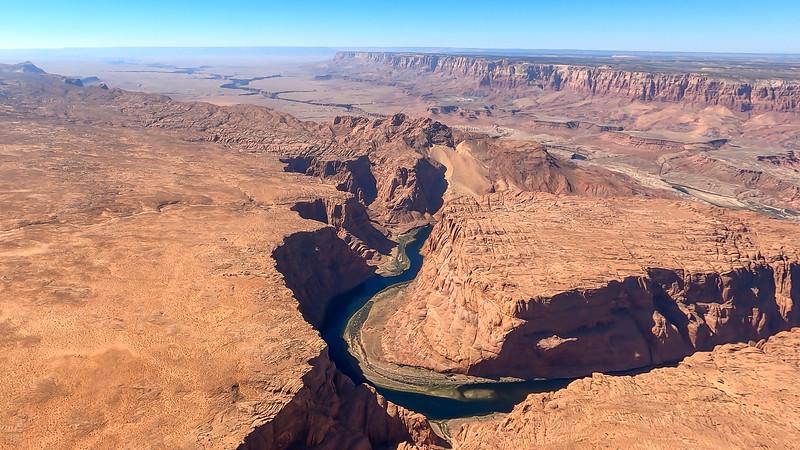 colorado-river-lake-powell-lighthawk-gopro8-card2-9.jpg