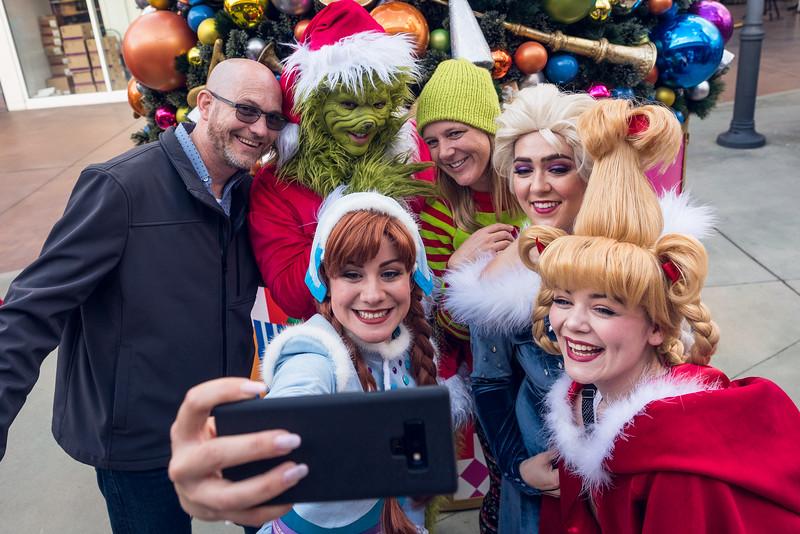 Grossmont Center San Diego Made Pop-Up Market at HolidayFest-39.jpg
