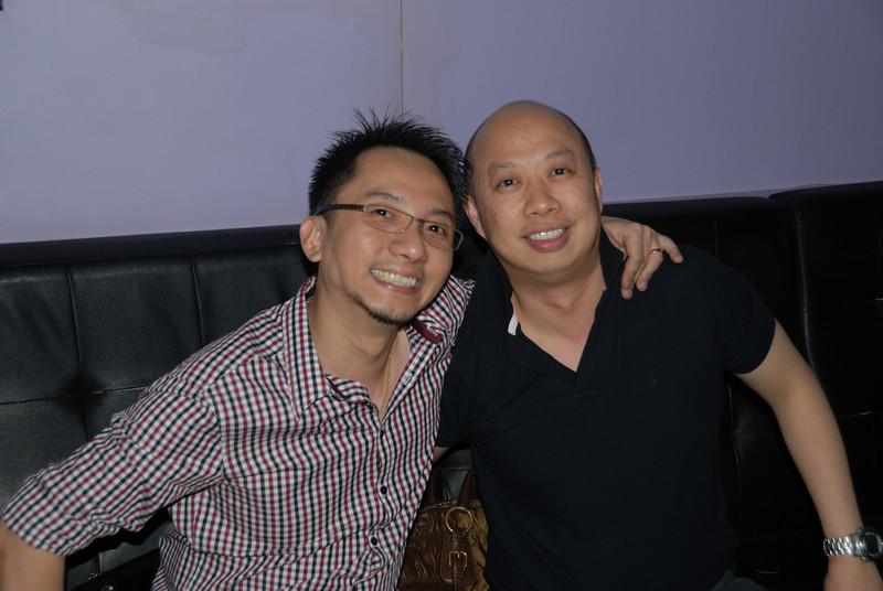 [20100219] Karaoke with ST Cousins @ Neway (18).JPG