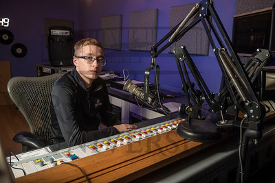52101 Shea Neal, Sports Director at WWSU 106.9FM 11-5-19