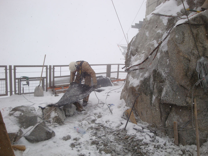 I could not believe the conditions these workers had to endure! As well as the extreme cold and frequent blizzards, there was also about 1/3 less oxygen up there - noticeable to the unacclimatised such as I when simply climbing stairs.