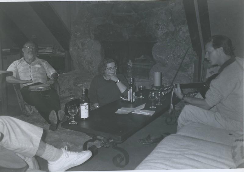 1989 - Louie Jones guitar & Bob Stone tambourine @ upper house.jpeg