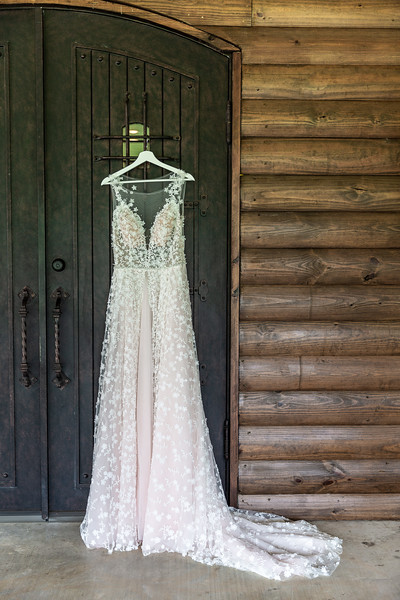 Daria_Ratliff_Photography_Styled_shoot_Perfect_Wedding_Guide_high_Res-2.jpg