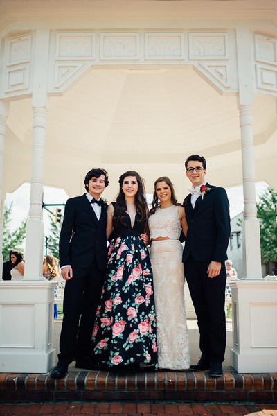 Prom 2017 Color (18 of 67).jpg