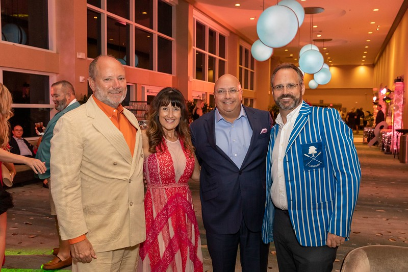 2019_11_Yachtail_Party_00021.jpg