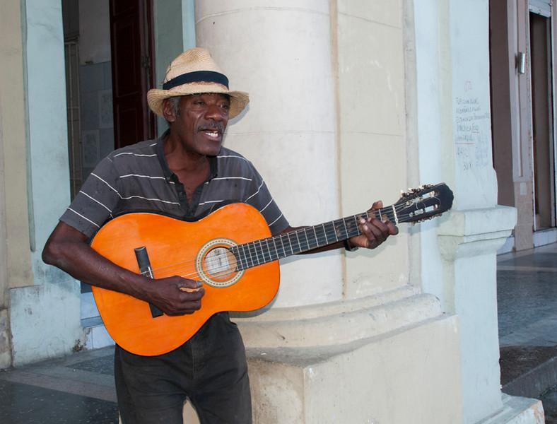 Cuba_Men-25.jpg
