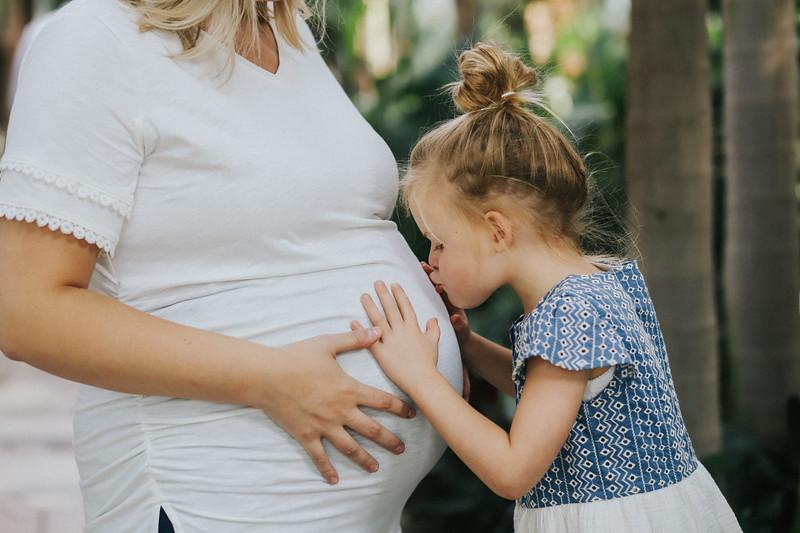 Burger Maternity-5.jpg