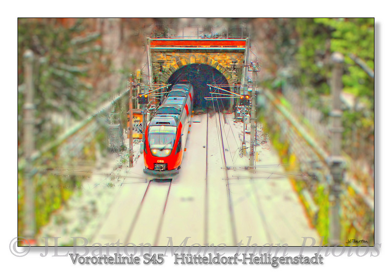 """S45 - Schnellbahn The S45 is the previous """"Vorortelinie"""", i.e. the route that connected the outlying districts This view is of an exposed part in the Turkenschanz Park in Vienna's 18th district"""