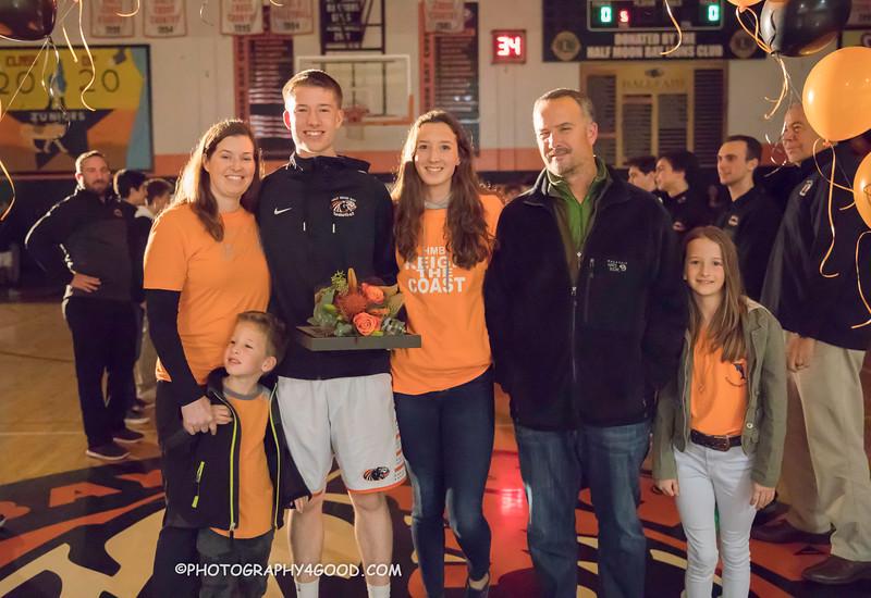HMBHS Varsity Boys Basketball 2018-19-2171.jpg