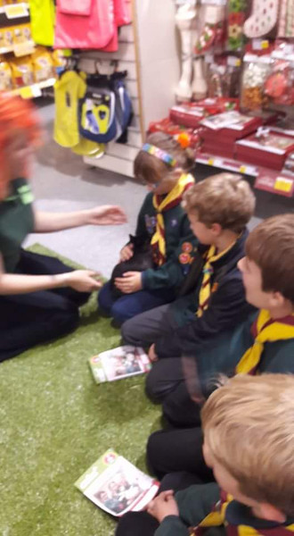 CUBS: Visit to Pets at Home