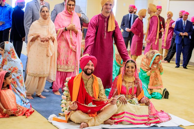 Neelam_and_Matt_Gurdwara_Wedding-1515.jpg