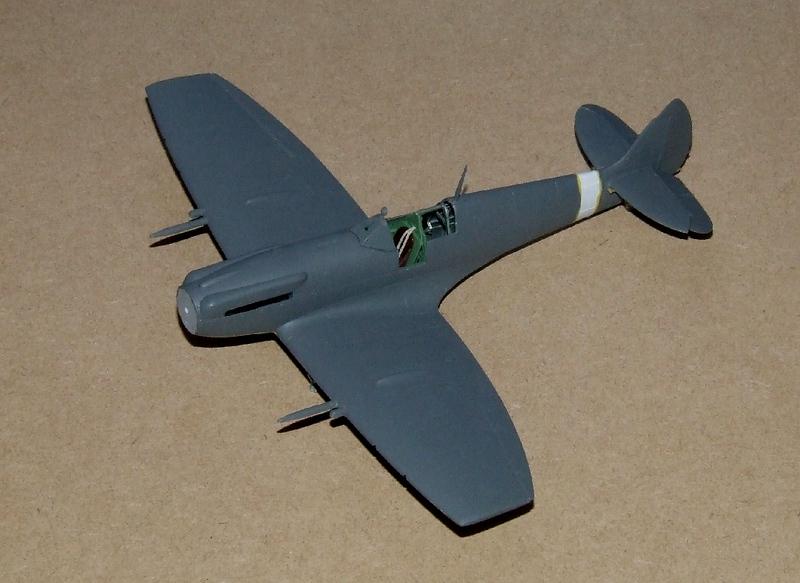 Spirfire Mk.XII, 17s.jpg