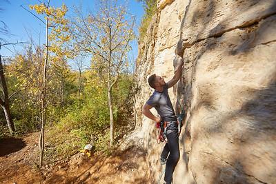 2020 UWL Fall Rock Climbers Grandad Bluff