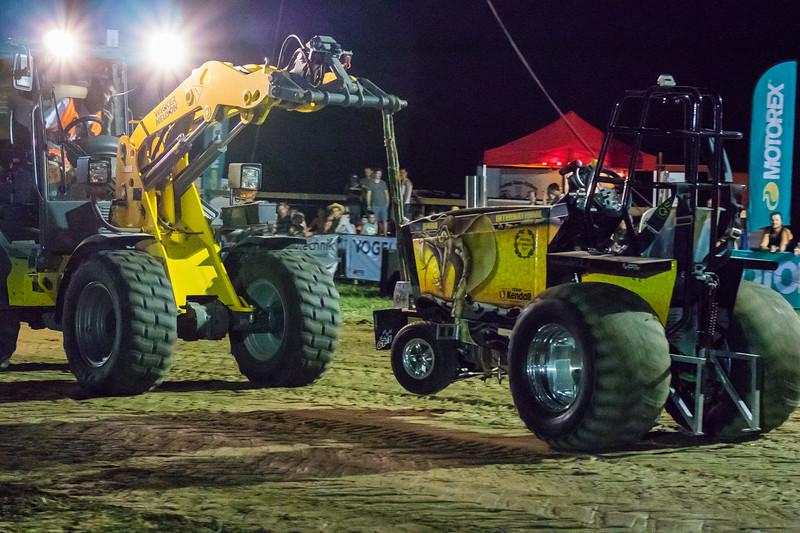 Tractor Pulling 2015-9248.jpg