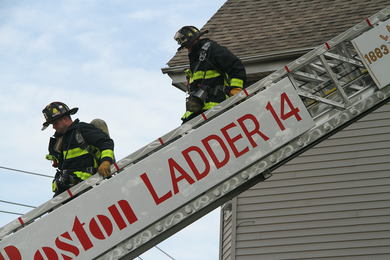 8-21-14, Boston - 4th Alarm 105 Murdock Street 114.JPG