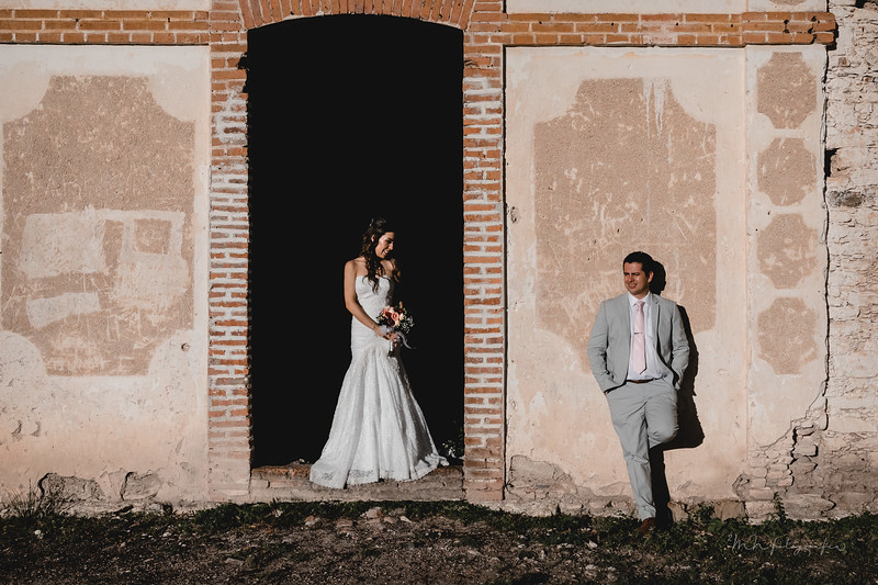 P&H Trash the Dress (Mineral de Pozos, Guanajuato )-8.jpg