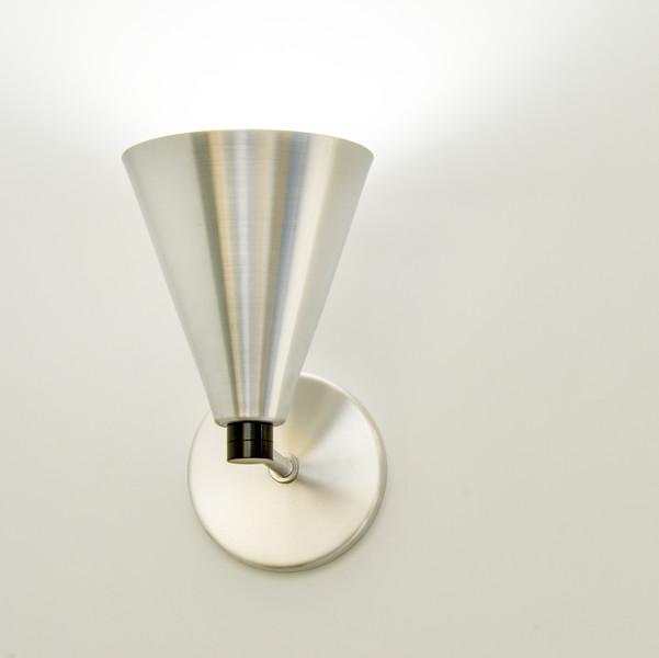 DD lamps furn 1300 100-9047.jpg