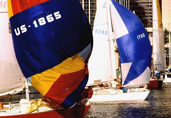 Waikiki BoatHarbor35mm-Portfolio022 Copy.jpg