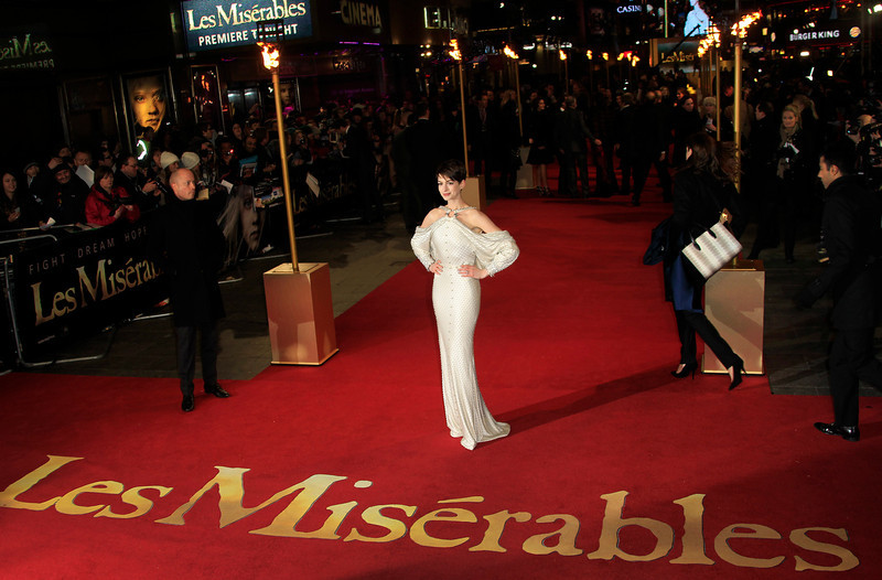 . Anne Hathaway arrives on the red carpet for the World Premiere of \'Les Miserables\' at a central London cinema in Leicester Square, Wednesday, Dec. 5, 2012. (Photo by Joel Ryan/Invision/AP)
