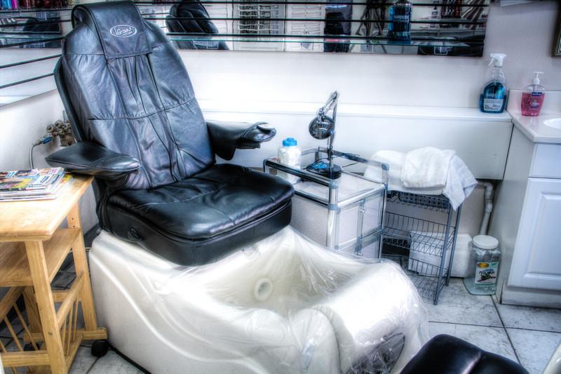 upstairs_salon-6-13.jpg