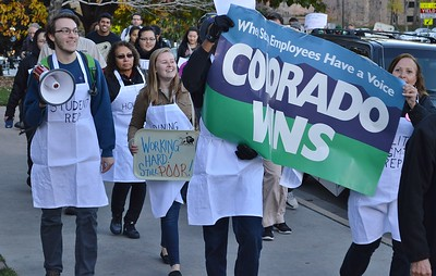 University Workers March For $15/hr Wage (11/5/15)