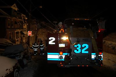 POTTSVILLE CITY APARTMENT FIRE 12-20-2009 PICTURES BY COALREGIONFIRE