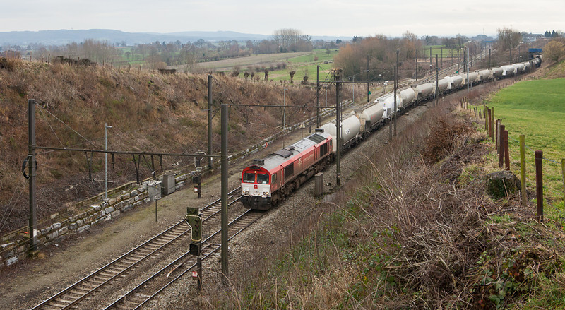 "Crossrail DE6311 ""Hana"" leaving Montzen yard after refueling with the 48536 (Buna-Werke/D - BP Chembel) in Hindel."