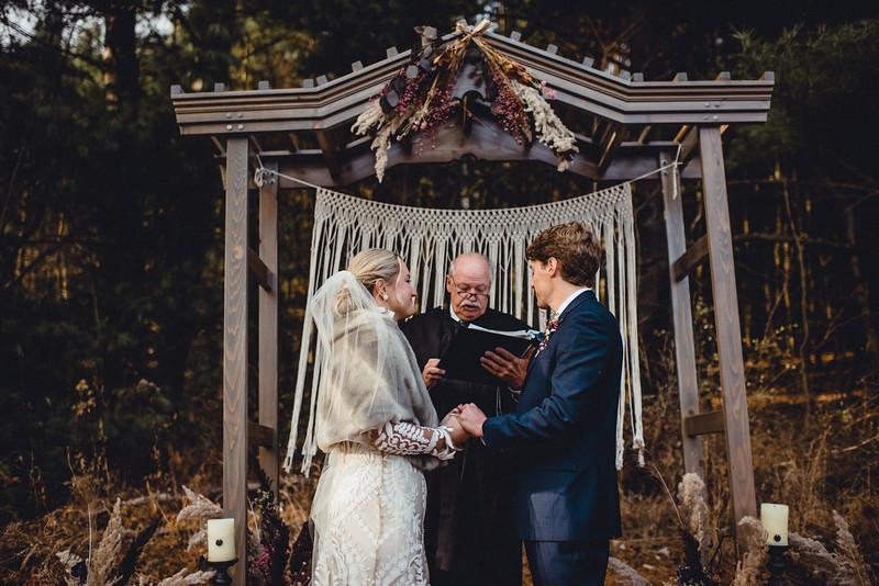 Requiem Images - Luxury Boho Winter Mountain Intimate Wedding - Seven Springs - Laurel Highlands - Blake Holly -999.jpg