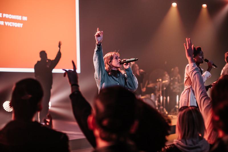MosaicHollywoood_Worship_2-9-20_10am_TL-20.jpg