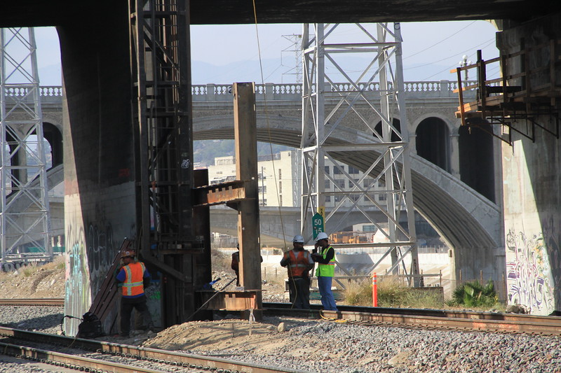 2014-05-17_NorthSpringBridge_Widening_3037.JPG
