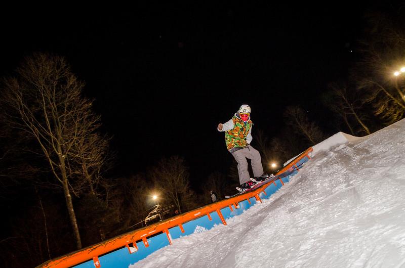 Nighttime-Rail-Jam_Snow-Trails-175.jpg