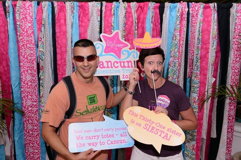 Cancun-20120910-0357--2084279032-O.jpg