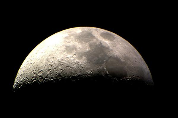 20140802 Moon Through The Telescope